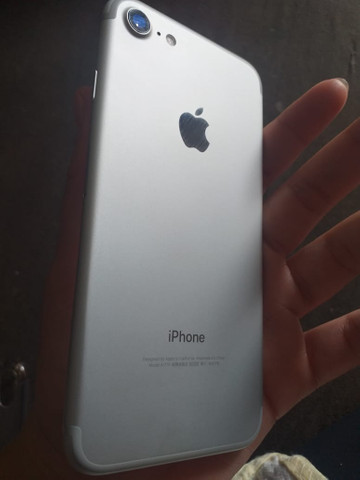 IPhone 7 semi novo - Foto 3