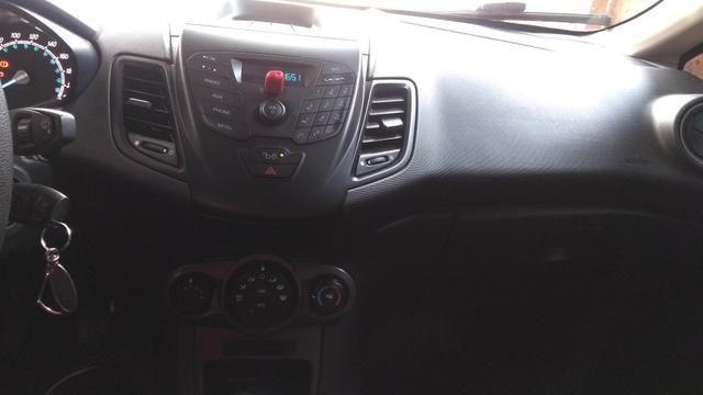 New Fiesta 1.5 mecânico
