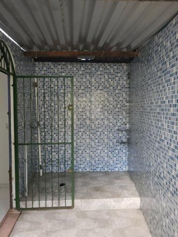 Alugo Casa no Parque 10 com 1 Quarto, Fica bem no Centro do Parque 10 - Foto 19