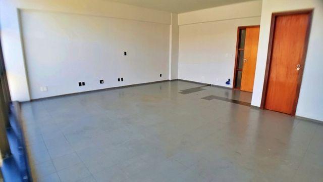 Centro Empresarial - Sala de 51 m² na 104 Sul