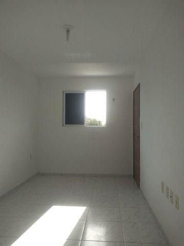 Ap 02 quartos Nova Mangueira - Foto 2