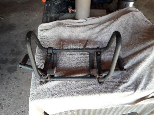 Vendo protetor de motor com pedaleiras  - Foto 5