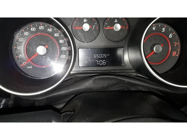 FIAT PUNTO SPORTING 1.8 FLEX 8V/16V 5P - Foto 5