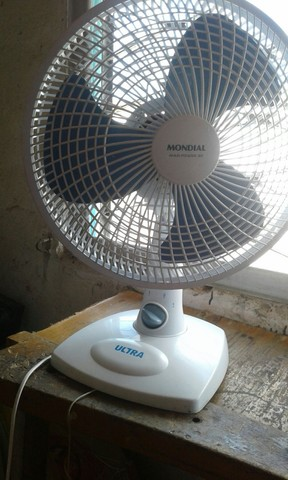 Vendo 2 ventilador um malory e um mundial  - Foto 4