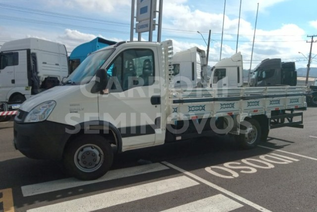 Iveco Daily 35S14HDCS 4X2, ano 2017/2018 - Foto 7