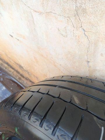 2 pneus 205/50r17 runflat (Não murcham)  - Foto 2