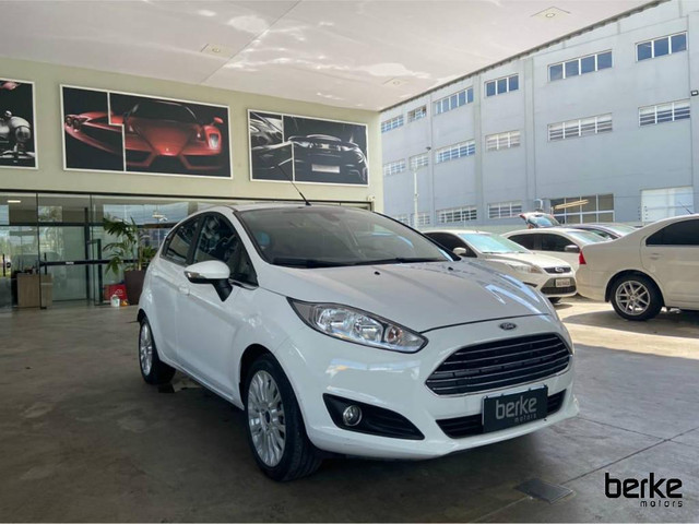 Ford New Fiesta Hatch TIT.Plus 1.6 16V Flex Aut. - Foto 4