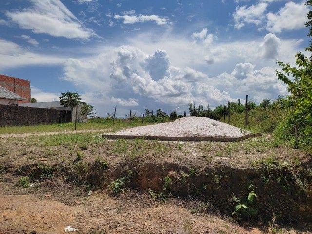Vendo um terreno medindo 10 de frente e trinta metrô de comprimento - Foto 6