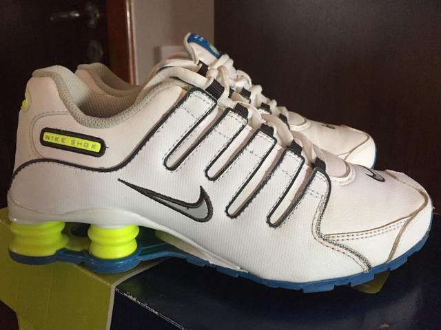 Tênis Nike shox tamanho 35 novo! - Foto 3