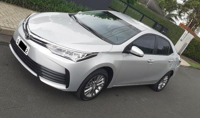 Toyota Corolla GLi Upper - Completo e Super Econômico