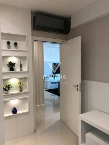 20 % ato, e saldo em 100 x , finamente mobiliado e decorado, 03 suítes!!! - Foto 2