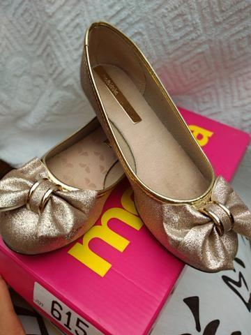 Linda sapatilha dourada! - Foto 2