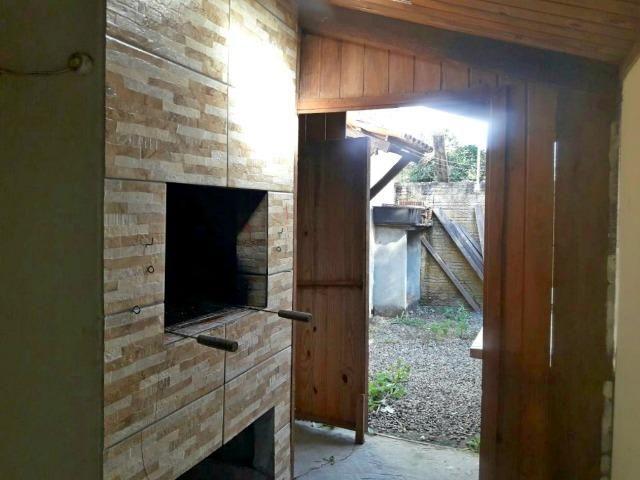 Bela casa a 750 m do mar com 3 quartos + suíte. - Foto 2