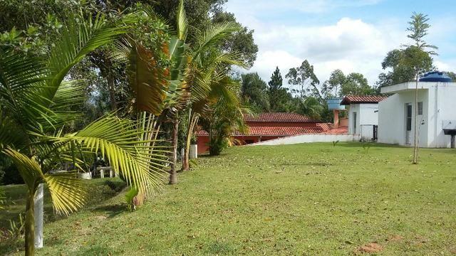No Caputera - Chácara 2040 m² - toda murada- ótima casa - IPTU em dia - Foto 19