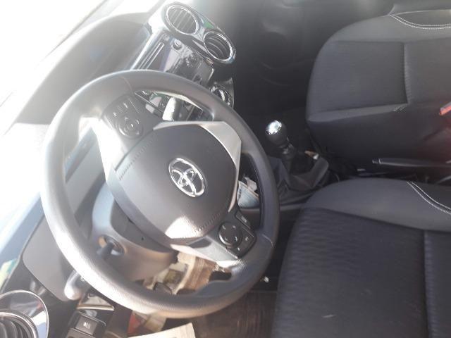 Vendo um Toyota Etios Xplus Sedan. - Foto 3