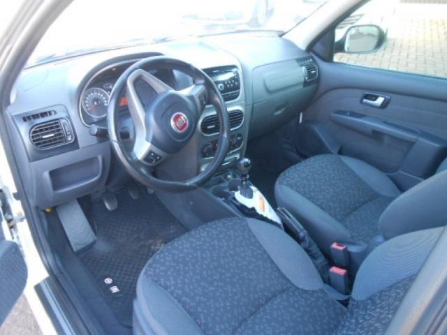 FIAT STRADA TREKKING 1.6 16V FLEX CD - Foto 9