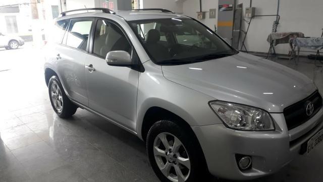 Toyota rava 4 2011