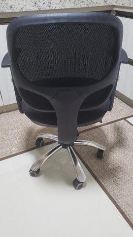 Vendo Cadeiras para escritório. - Foto 2