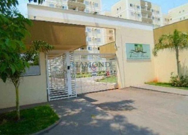 Apartamento no Bairro Chácara dos Pinheiros - Foto 2