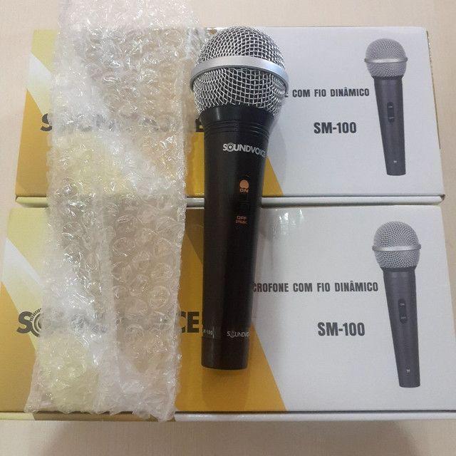 Microfone com fio Soudvoice SM - 100