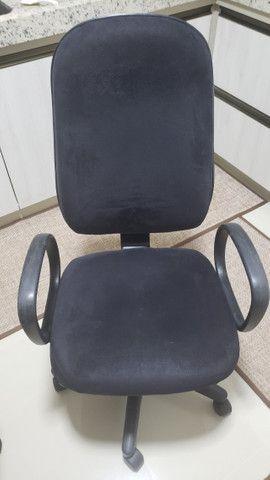 Vendo Cadeiras para escritório. - Foto 3