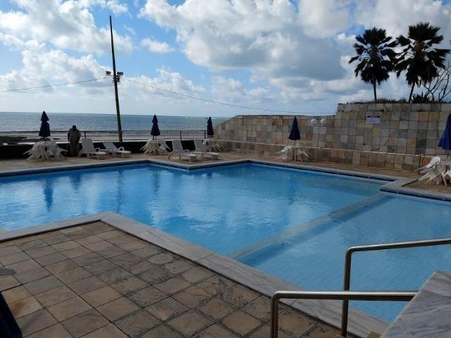 Apartamento na Beira Mar de Piedade com 4 Quartos sendo 1 Suíte - Foto 4