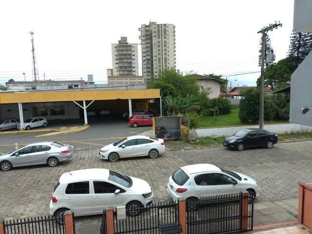 Casa para loção de Temporada no Centro de Balneário Piçarras 50 metros do Mar - Foto 7