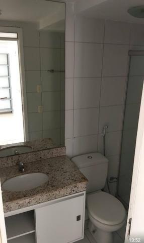 Alugo apartamento na Ponta do Farol, 2 quartos, projetados - Foto 3