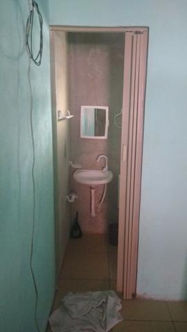 Quarto com Banheiro - Foto 4