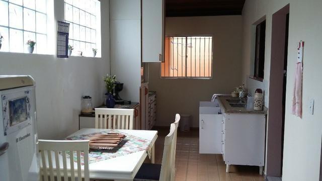 No Caputera - Chácara 2040 m² - toda murada- ótima casa - IPTU em dia - Foto 6