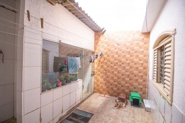 Qnm 10 - sobrado 4 quartos - casa de fundos - Foto 20