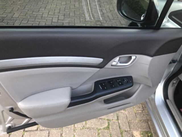 Honda CIvic 2012- Modelo EXS mais Completo com Teto Solar e Banco de Couro - Foto 4