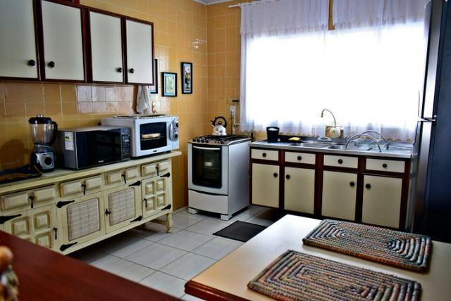 Casa com ar condicionado e WI-FI, a 15 m do mar na Praia da Ilhota, Itapema - Foto 10