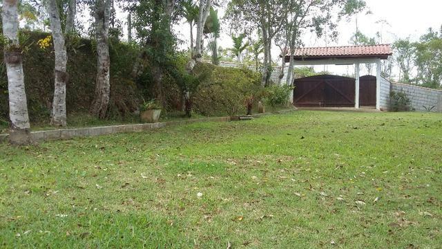 No Caputera - Chácara 2040 m² - toda murada- ótima casa - IPTU em dia - Foto 20