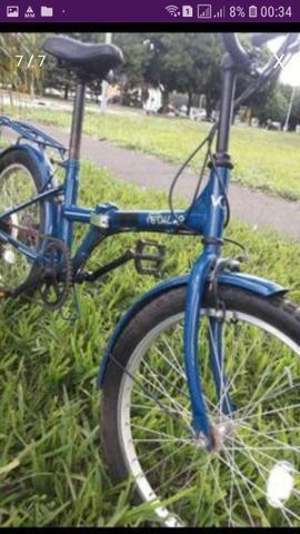 Bicicleta dobrável retrô azul