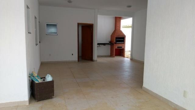 Samuel Pereira oferece: Casa Sobradinho RK 4 Suites Alto Padrão Churrasqueira Aceita troca - Foto 11