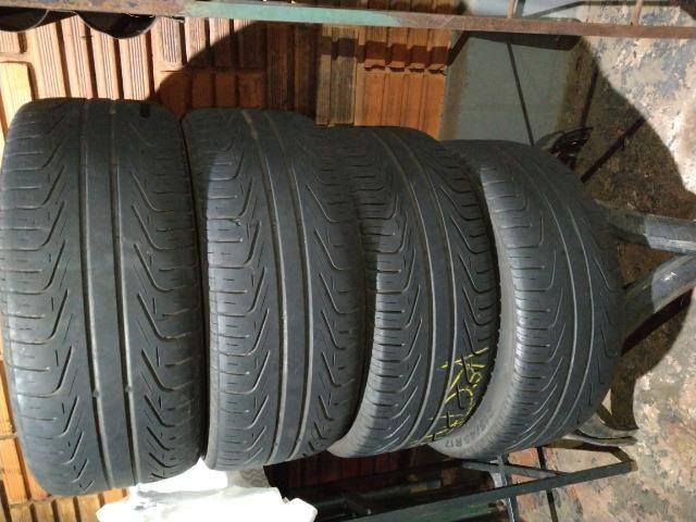 """Jogo de pneus 17"""""""