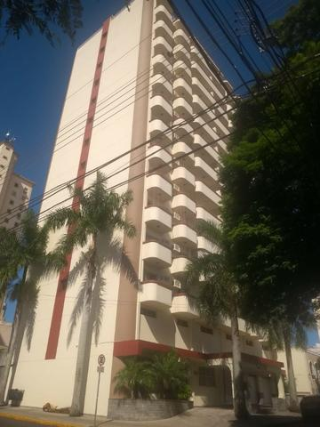 Apartamento no Centro (troca por casa)