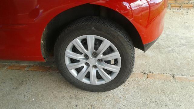 Vendo carro VW.FOX 1.0