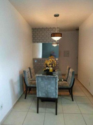 Apartamento no Bairro Chácara dos Pinheiros - Foto 7