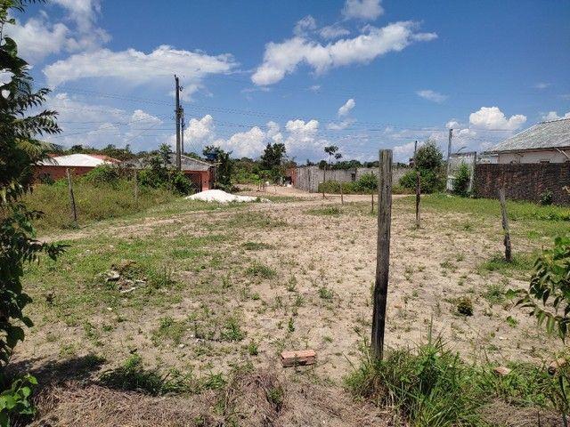 Vendo um terreno medindo 10 de frente e trinta metrô de comprimento - Foto 3