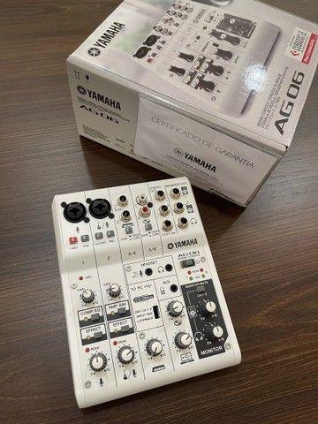Mesa de som e interface Yamaha AG 06