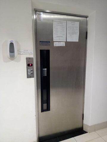 8062 | Apartamento para alugar com 4 quartos em Zona 07, Maringá - Foto 8
