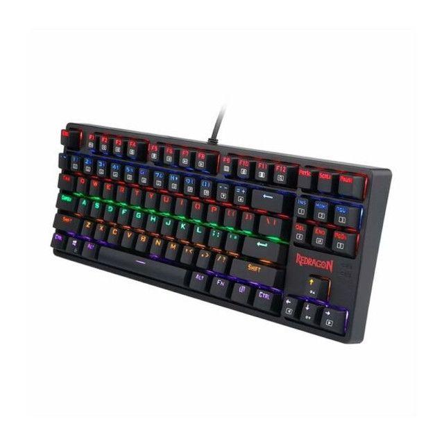 Teclado Mecânico  Redragon Daksa Rainbow Switch Blue K576r