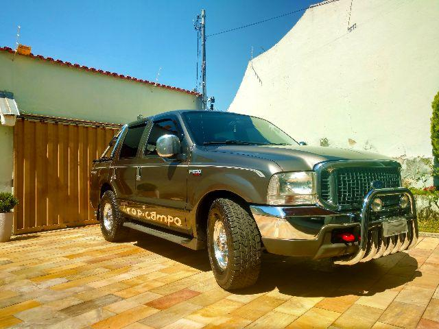 Ford F-250 XLT-L TROPICAMPO