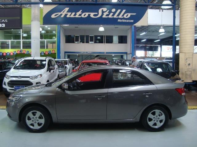 Kia Motors Cerato EX 2 2010 Cinza (Completo)