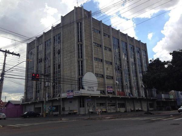 Comercial prédio - Bairro Setor Coimbra em Goiânia