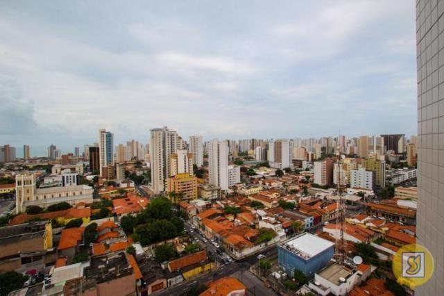 Apartamento para alugar com 3 dormitórios em Centro, Fortaleza cod:47722 - Foto 11