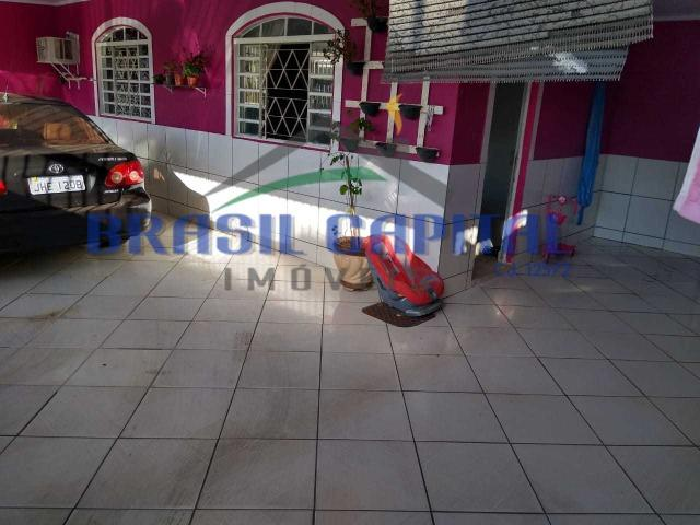 Qr 513 casa com 03 quartos s/ 01 suíte, reformada , Finnacia e pode usar FGTS