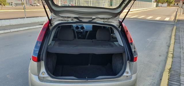 Fiesta Hatch SE 1.0 2014 - Foto 12